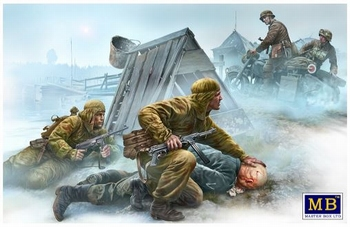 MB35190 Crossroad, Eastern Front, WWII era  1:35 kit