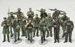 T32530  WWII Figure-Set Ger.Inf.Maneuv 1:48 kit