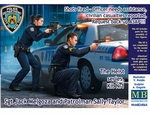 MB24064  Shot fired-Officer needs assistance, civilian casua 1:24 kit
