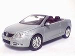 819901113  Volkswagen EOS (zilvergrijs metallic) 1:43