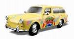 32303GE  Volkswagen 1600 Squareback (geel) 1:24