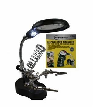007708  3e Handje met loupe en LED Verlichting