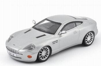 1376  Aston Martin V12 Vanquish