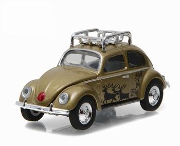 51077C  Volkswagen Beetle in Gold with Reindeer