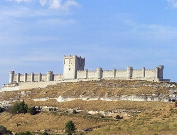 AE1017  Castillo de Peñafiel, Valladolid, Spain