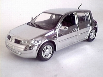 7711221714  Renault Megane (Chrome)