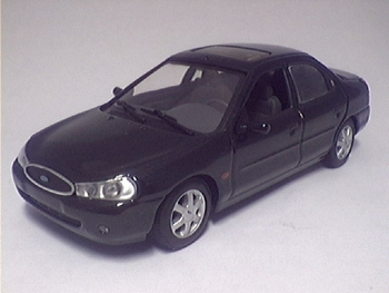 722039  Ford Mondeo 1997 (groen)