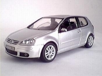 819901121  Volkswagen Golf (zilver)