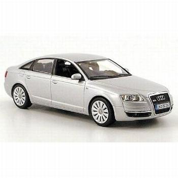 5010406113  Audi A6 (zilver)