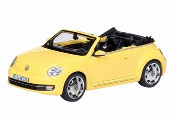 07476  Volkswagen Beetle Cabriolet  geel