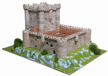 AE1003  Fuensaldaña castle
