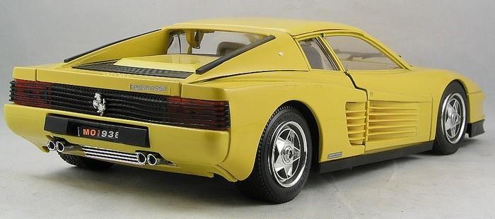 3004  Ferrari testarossa 1984 geel