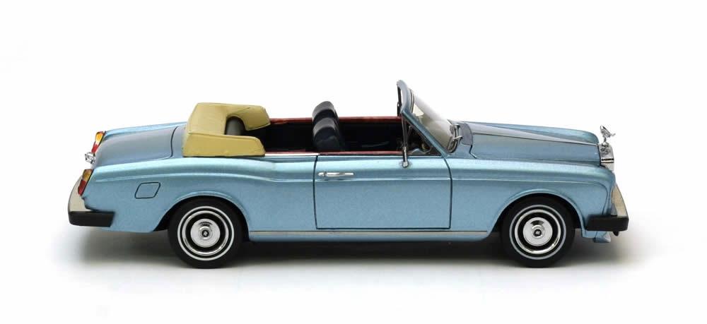 44190  Rolls-Royce Corniche Convertible 1977 blauw metallic