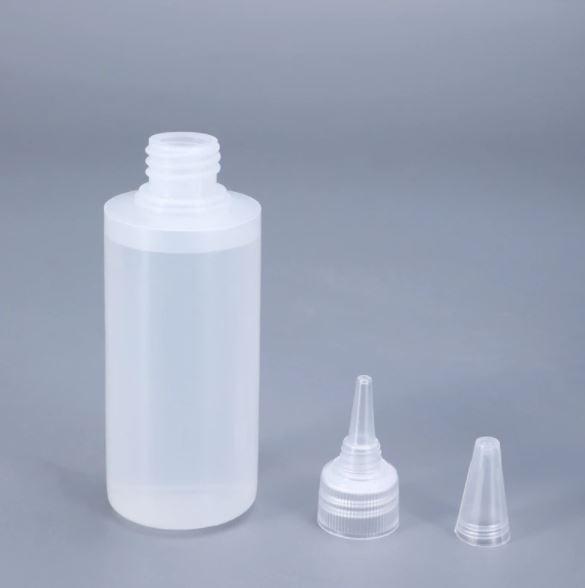 999045  Plastic druppelfles  60 ml (12-20)