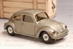 0671  Volkswagen Beetle bare metaal met bedrukking